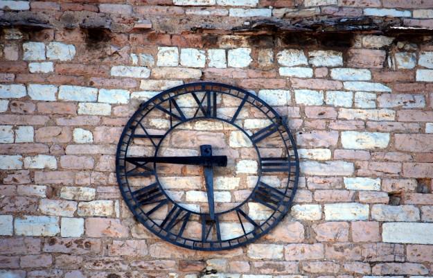 Torre di Borgo - Particolare dell'orologio